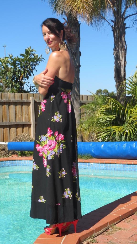 Vintage floral maxi, pink heels 3