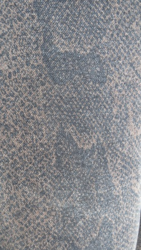 Black snake jeans, material close-up 6