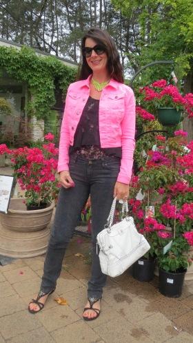 Black snake jeans, neon pink jkt 1