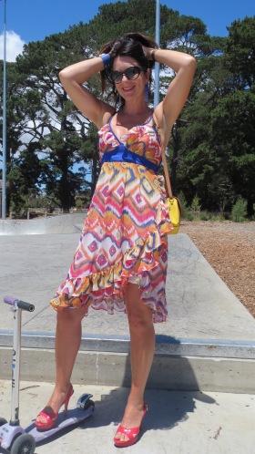 Colorful dress-skatepark 2