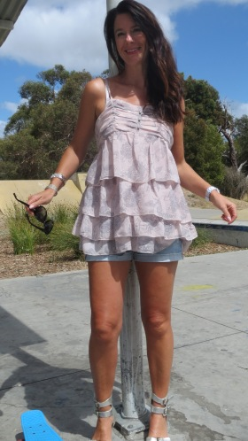 Forever 21 ruffle top, sandals 3