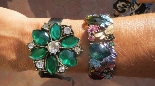 Green & damond brooch, colored gem cuff