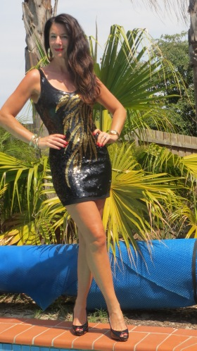 Black & gold sequinned dress 3