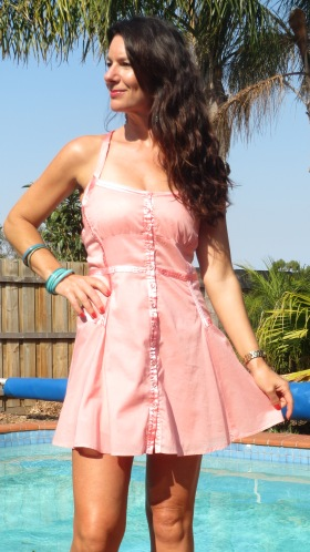 Pastel peach dress close 4