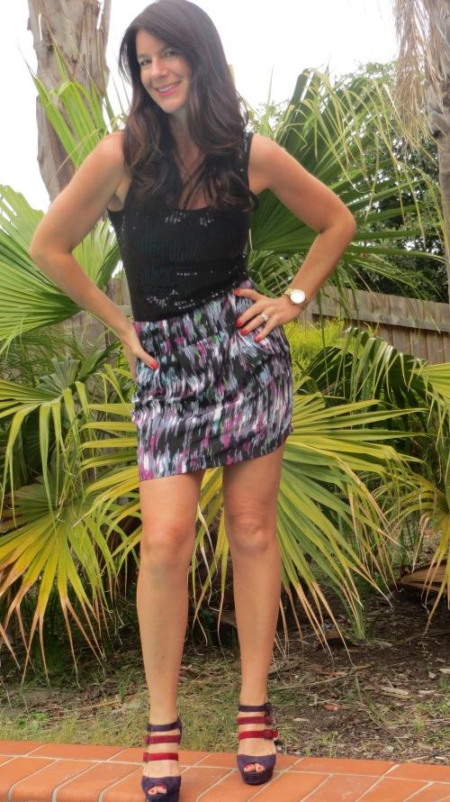 Graphic print purple skirt 1