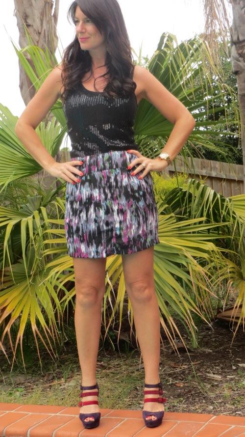 Graphic print purple skirt 2
