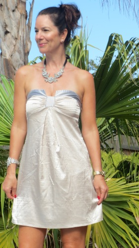 Ladakh satin strapless dress 4