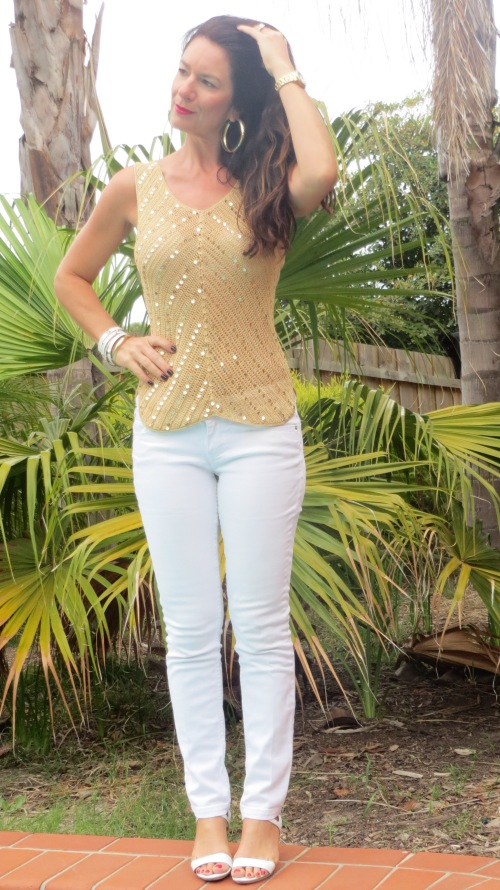 White jeans, gold sequin top 2