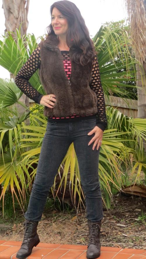 Brown fur vest, snakeskin jeans 1