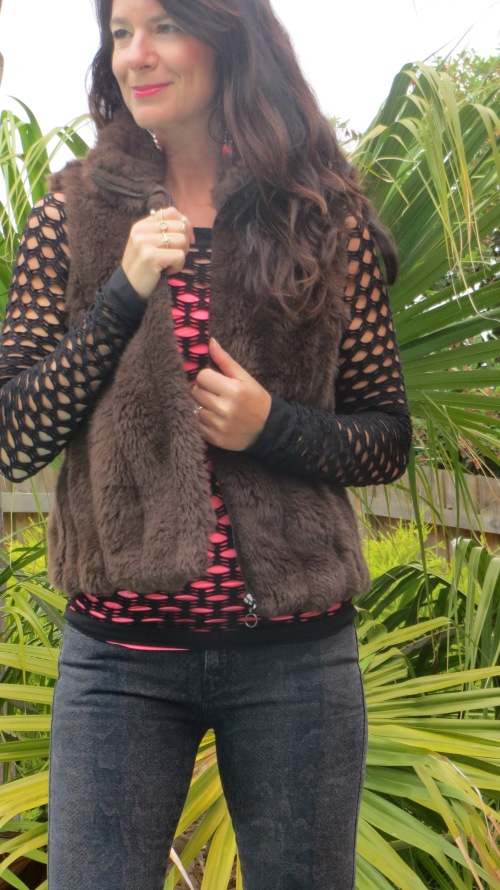 Brown fur vest, snakeskin jeans 3