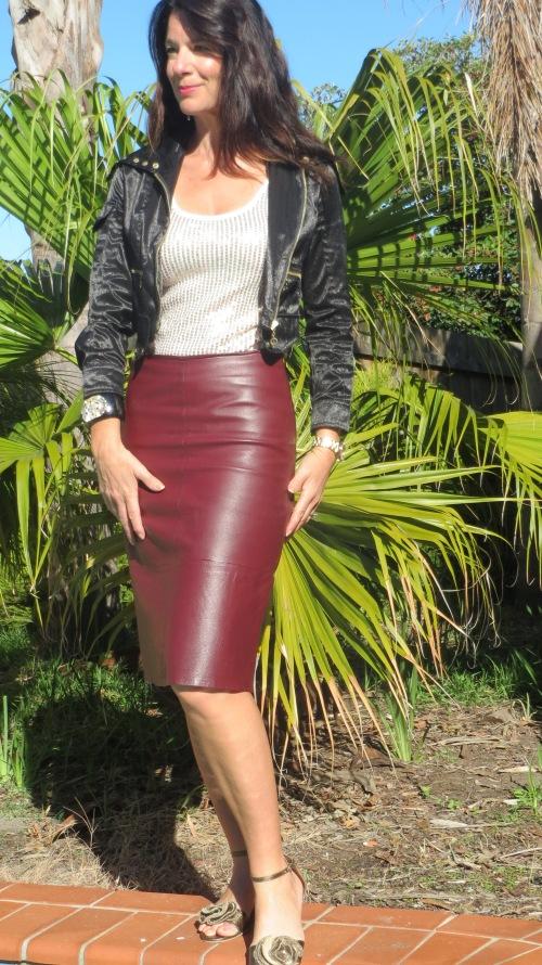 Burgundy leather skirt 1