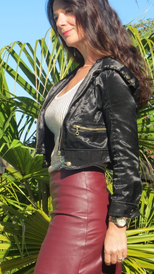 Burgundy leather skirt 3