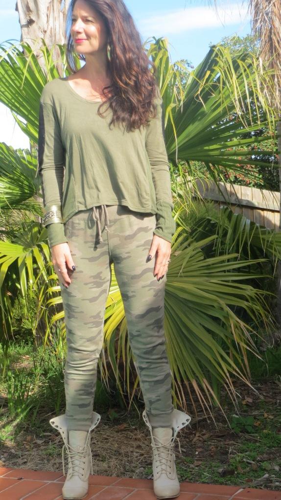 Camo khaki pants 1