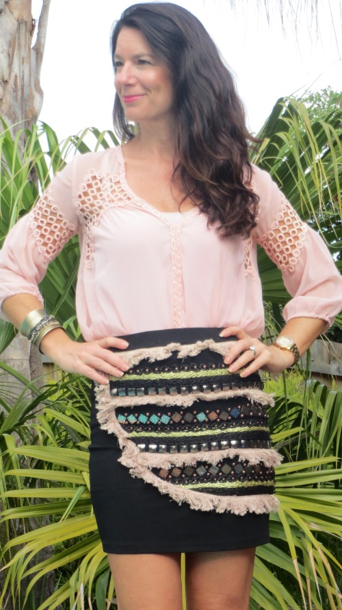 Embellished skirt, pink top 3