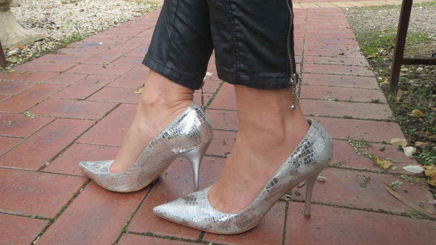Silver Betts ccourt shoes