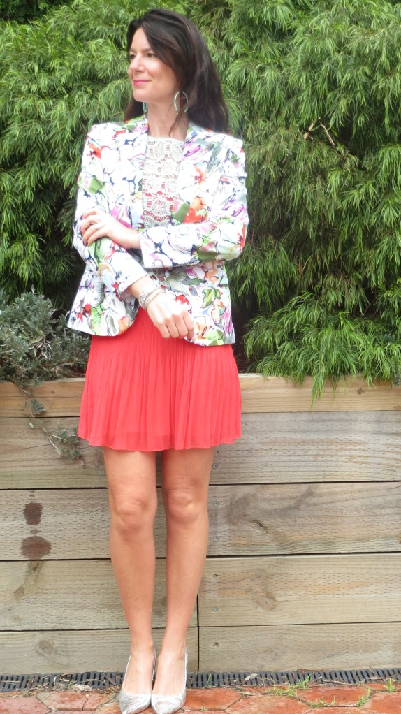 Watermelon skirt, graphic jkt 2