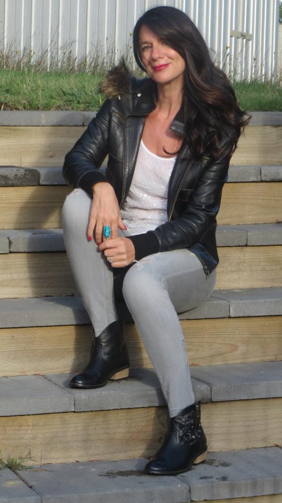 Zara jeans, white sequins 3