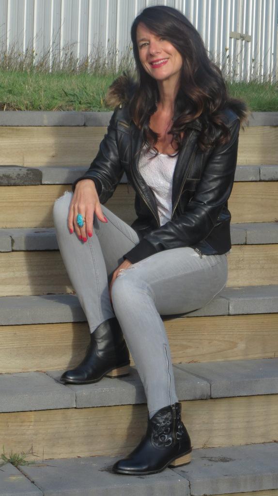 Zara jeans, white sequins 5