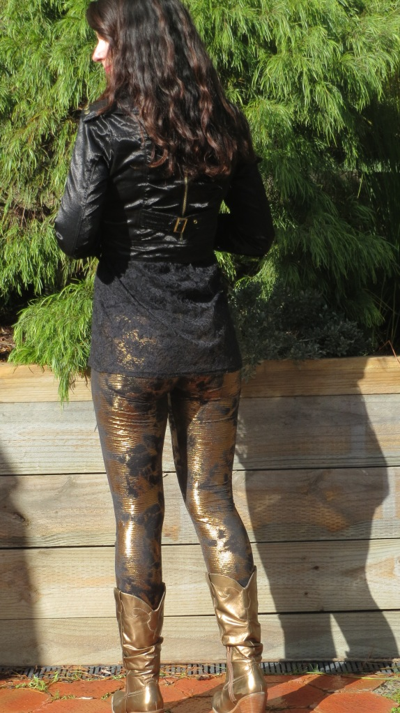 Gold Supre leggings 2