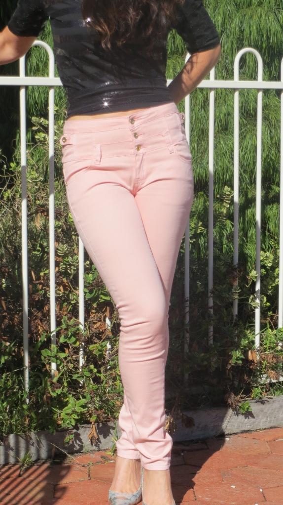 Pink jeans, zara top 9