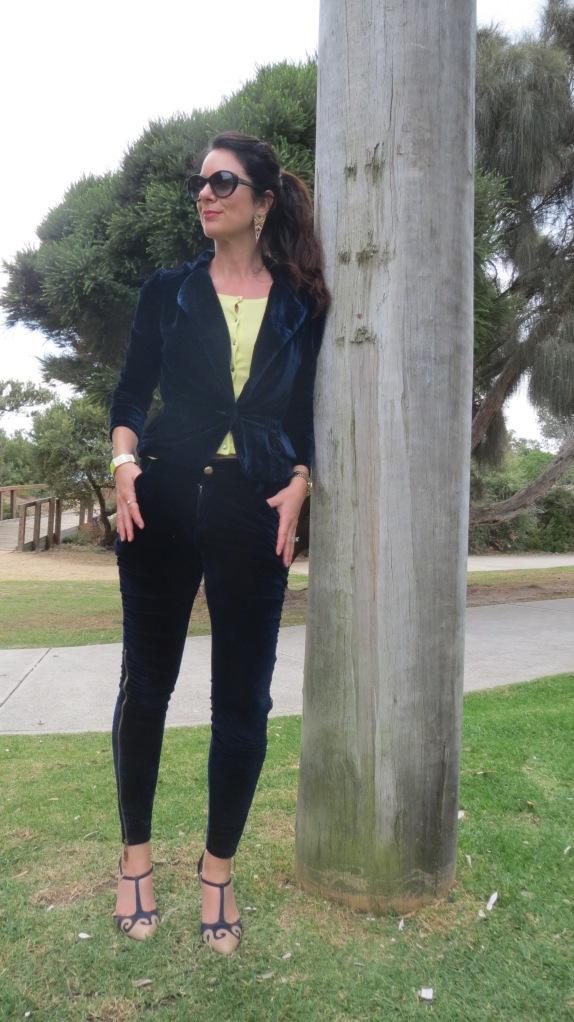 Velvet pants suit 4