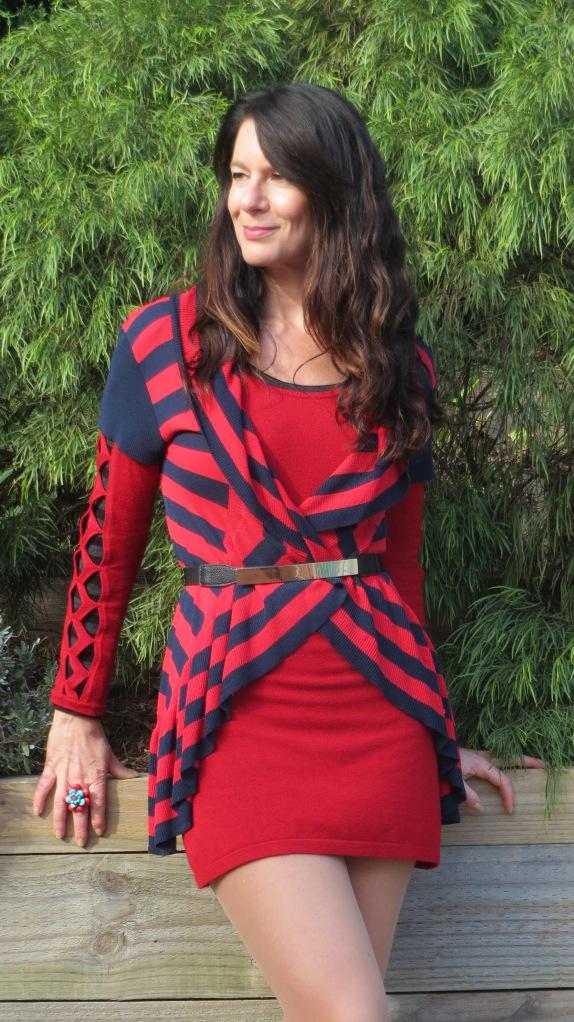 Red dress, cowboy boots 3