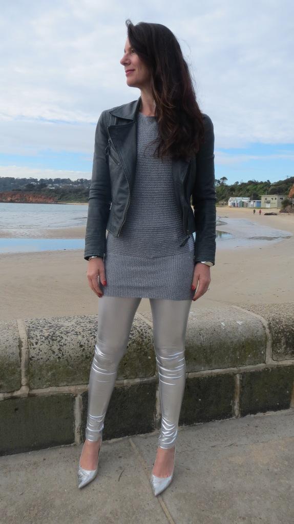 Silver leggings 1