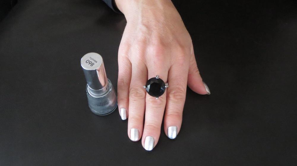 Silver nails, black ring 1