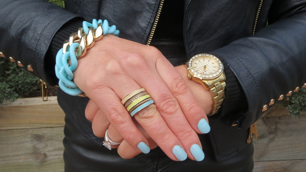 Lovisa aqua chain, ring stack