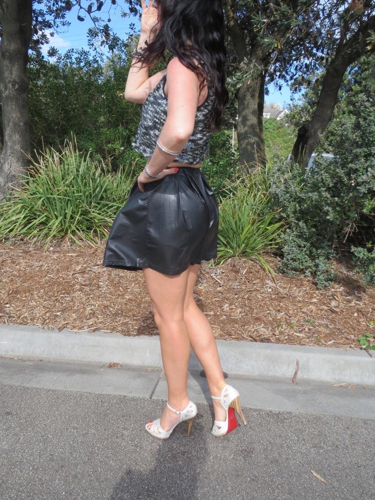 Black flip skirt, sequins 3