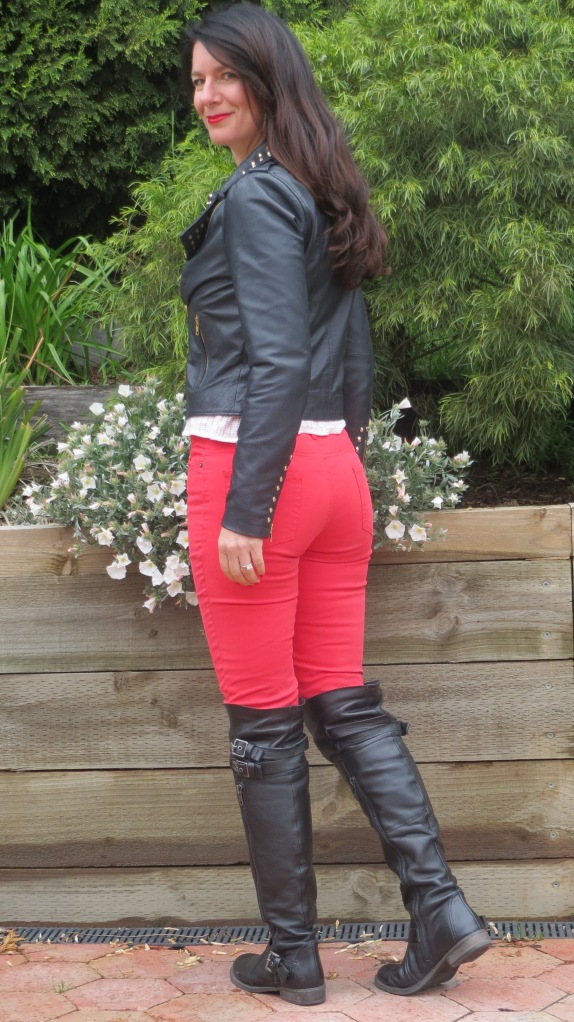 Red jeans 5