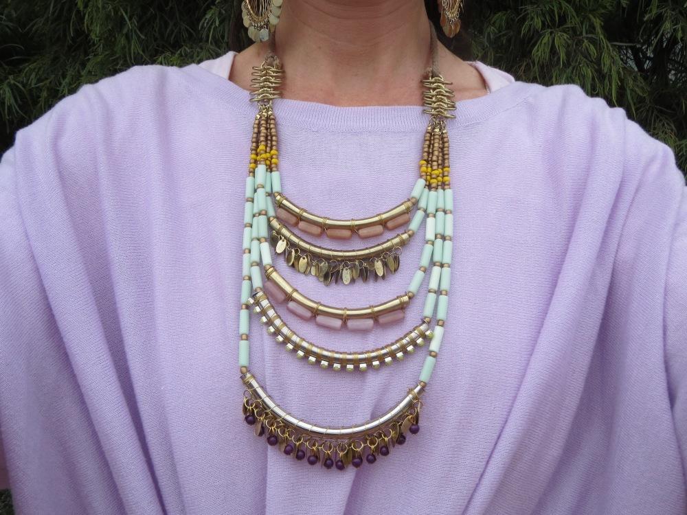 Aqua neckpiece 1