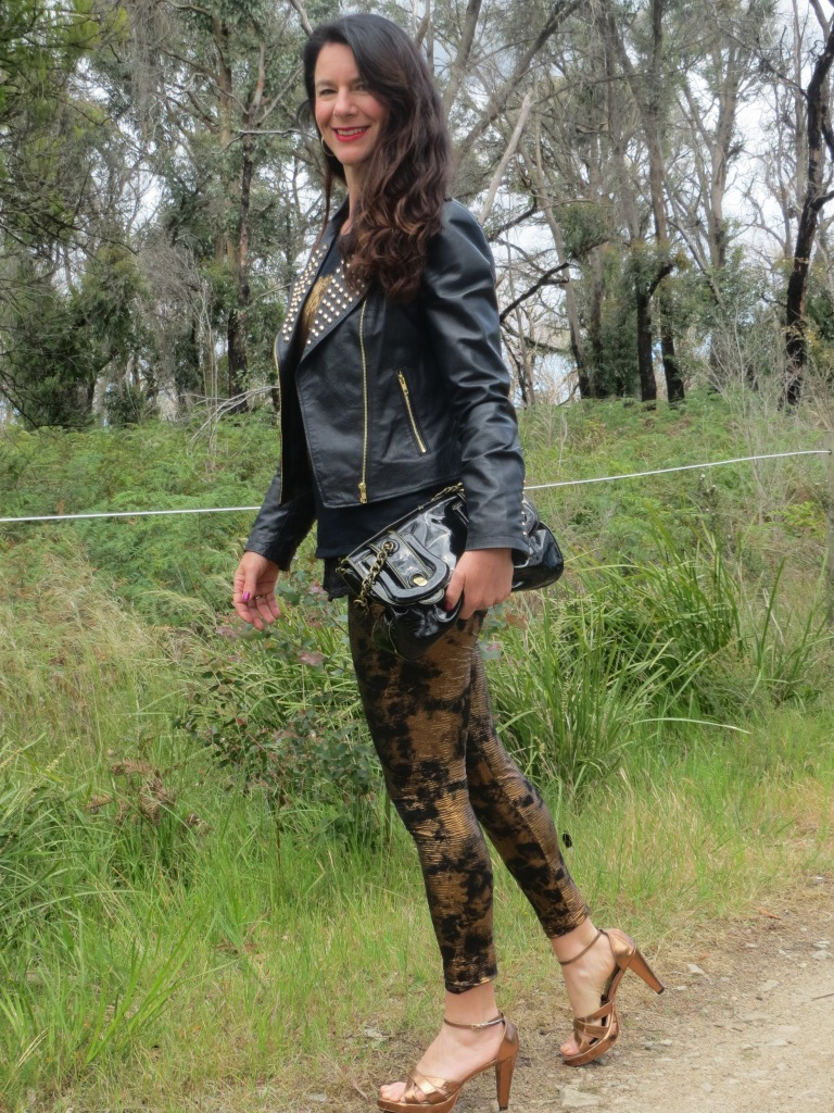 Bronze leggings, gold tops 1
