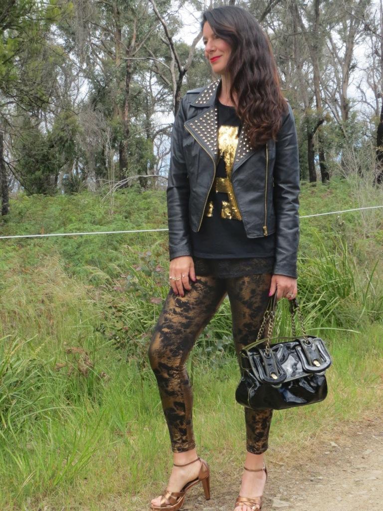 Bronze leggings, gold tops 2
