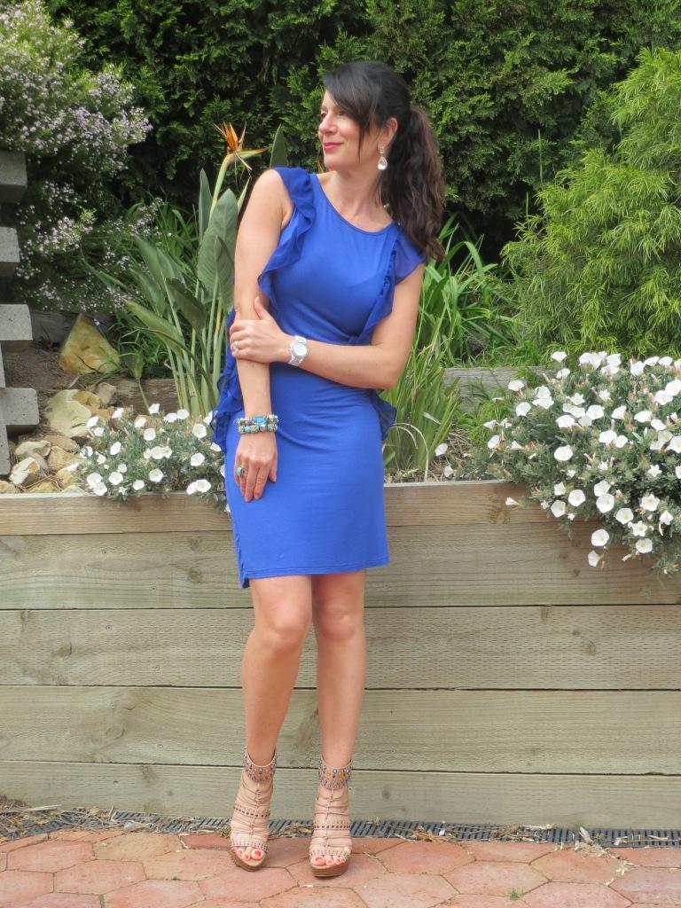 Pink jkt, blue dress 4