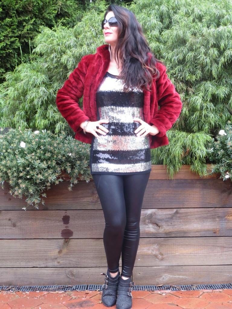 Red fur, sequins 1