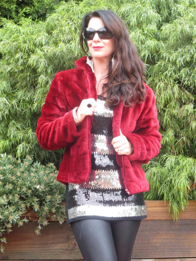 Red fur, sequins 5