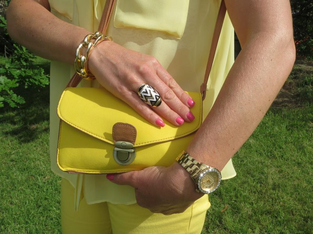 Yellow bag, aztec ring, chain cuff