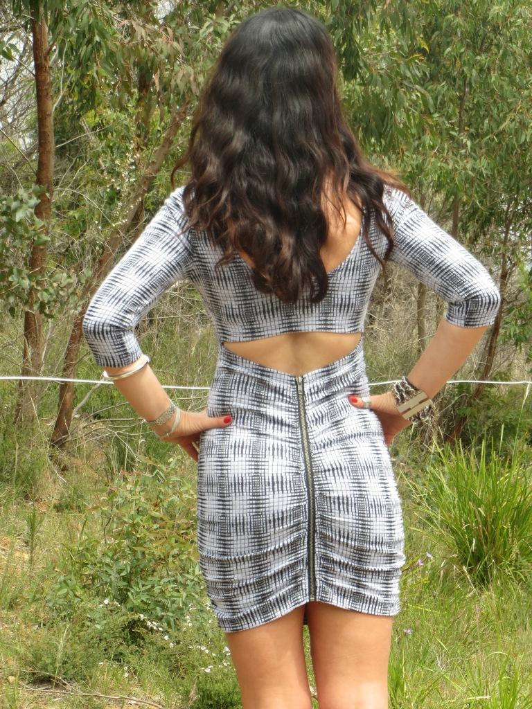 Zip backless dress 2