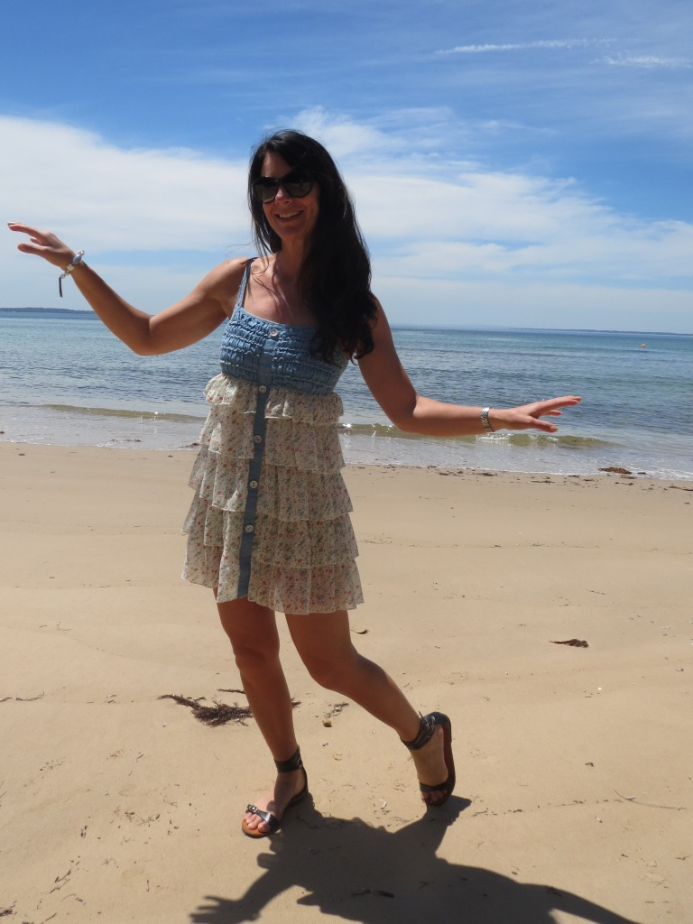 Striking ruffle dress 4