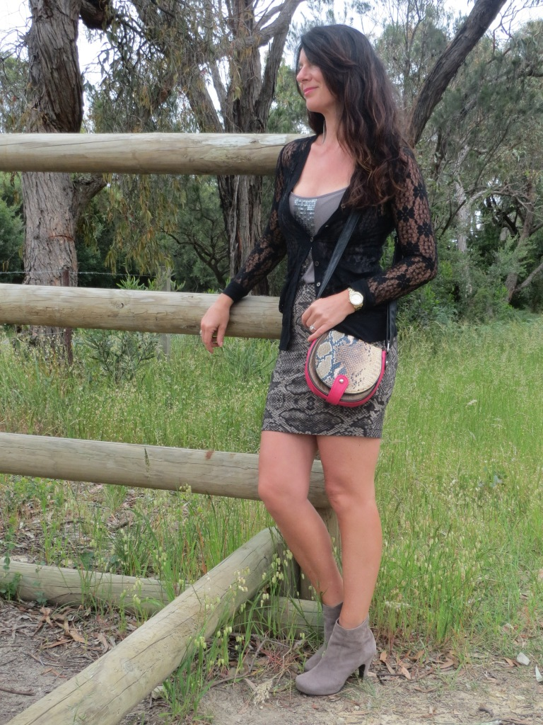 Witchery snakeskin skirt 3
